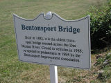 Betonsport, Iowa foot bridge